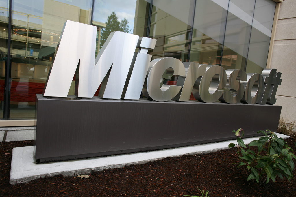 Microsoft annonce Surface Book